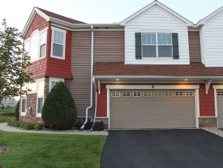 Great Two-Story Townhouse Minutes from Ryder Cup