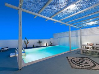 White Village - Three bedroom Villa with Private Pool !