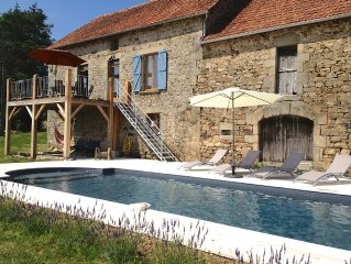Luxury Farmhouse in Dordogne Valley, large private  HEATED POOL, amazing views