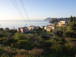 Grande villa panoramica con vista mare
