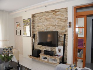 Charming, bright, quiet roof top flat with all mod cons, close to sandy beach