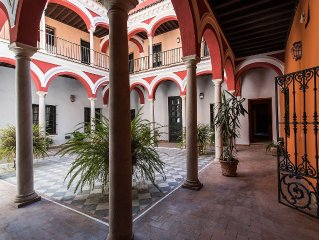 SAN Isodoro | COZY & CENTRAL IN A XVIII c. PALACE!