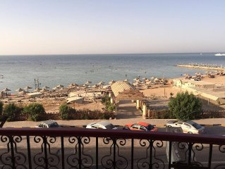 2 bedroom Apartment with Excellent SeaView