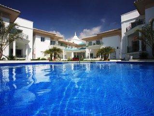 Luxurious Marina 2 Bedroom A/C, Pool, Sauna, Gym, Indoor Pool