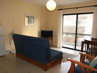 Well Located Apartment sleeps 2/3 and is 250 metres from the beach