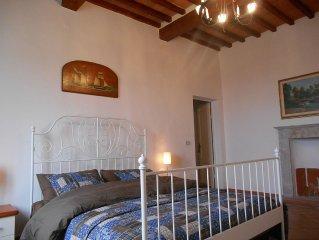 Vista Mare, 140 mq. in tipica Villa Toscana con giardino e terrazza esclusivi