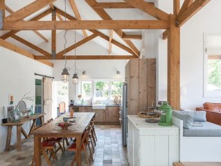 COUNTRY HOUSE, 30 MIN FROM AMSTERDAM, SLEEPS 6 + BIKES