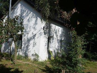 Walddomizil mit Sauna- und Außenwhirlpoolnutzung