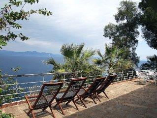 Villa privée avec vue panoramique sur la mer