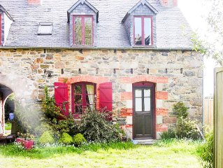 Cottage style house, near the seafront and marina, sleeps 4