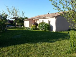 Very functional house, swimming pool, Spa quiet historic country