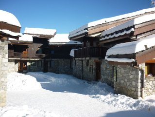 Apartment (4 pers. 30 m2) and terrace of single storey. Valmorel (Savoy)