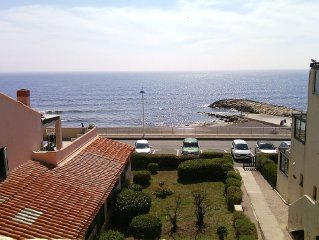 LOFT WITH TERRACE EXPOSED SOUTH FACING THE BEACH & THE SEA - PRIVATE PARKING