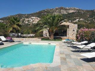 Maison  60 m2 Belles prestations, piscine, jacuzzi, près aéroport plage Calvi