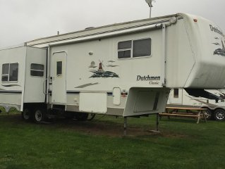 Comfortable RV Located On A Full Service Campsite In The Ciderhouse Campground