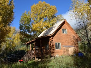 River Cabin: experience secluded cabin along San Juan River