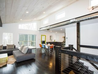 New Modern Home in Catskills Near River - Ski, Hike, Shop