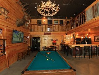 Beautiful Lodge Style Living. Hunting And Fishing Available. Pet Friendly.