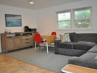Comfy Vacation Suite, Great Westhampton Beach Location, Sleeps 6