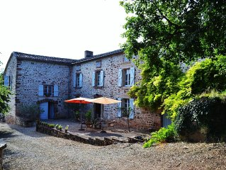 Secluded Stone Country House, Magnificent Views, Quiet, Large Pool