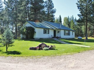 Comfortable Mountain Oasis - Family-Friendly With WiFi And Limitless Recreation