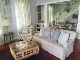 Charming Southern Belle Cottage In Downtown