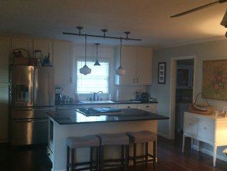 TuscaloosaFamilyHome,great central location,2 miles to stadium