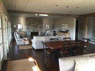 Gorgeous Farm Getaway Where Rustic Meets Modern; The Farmhouse