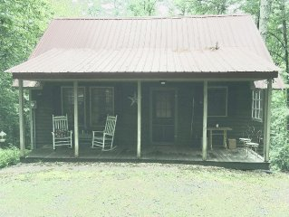 Cozy Retreat On 10 Wooded Acres