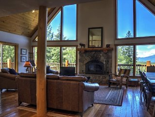 Sandpoint area mountain home with beautiful views, and peaceful serenity.