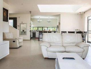 ~ Villa Near Tel Aviv  Yarkona, Israel ~