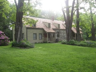 Historic Stone House W/ Modern Comforts, 5/6 Bedrooms, Gourmet Kitchen