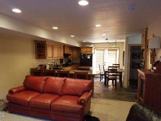 Luxury 3 Bedroom Mountain Retreat