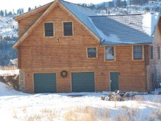 Bozeman area Log Home On 22 Acres With Mountain and Forest Views and Access