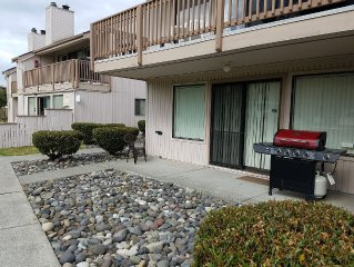 Spacious 2 Bedroom/2 Bath Condo In Beautiful Birch Bay