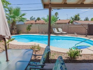 North Tempe/ South Scottsdale 3 bed/ 2 bath WITH A POOL!