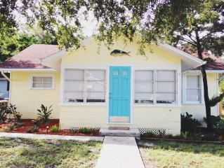 Renovated Cottage! Downtown N.P.R.  Close to beaches and Tampa!