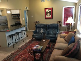 Fantastic Condo Within Walking Distance Of Football Stadium, Grove And Campus