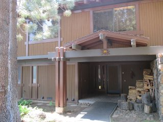 Forested Lakeview Townhouse Rocky Ridge Unit #54