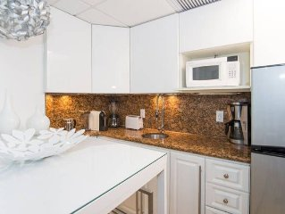 3 Room Metropolitan Oceanfront Suite At Shelborne