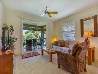 Tropical Class! Modern Villa w/Kitchen, Lanai, Laundry, AC, WiFi+TVs–Hali`i Kai