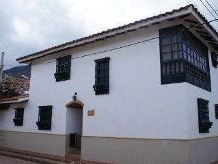 Fully Equipped Colonial House
