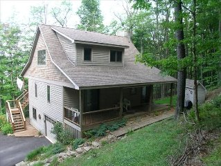 Black Bear Run - Spectacular mountain cottage offers comfort and seclusion.