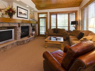 IMPRESSIVE, premier-rated townhome with mountain view, easy access to lifts!