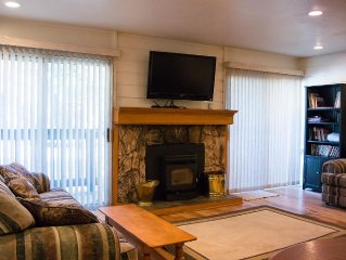 One bedroom condo with shuttle access to ski area