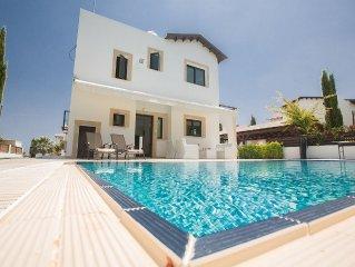 Protaras Holiday Villa AGV19 -  a villa that sleeps 6 guests  in 3 bedrooms