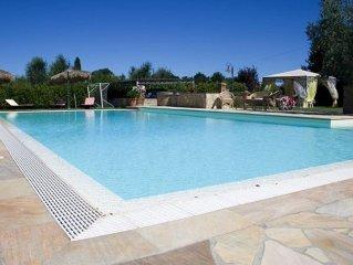Villa Cetra C e un caratteristico e accogliente appartamento, per due persone.