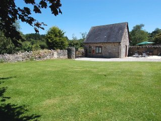 The Garden Cottage (C17) - Two Bedroom Cottage, Sleeps 4