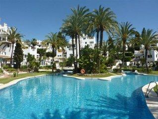 Apartment in Aldea Blanca, Nueva Andalucia, Spain
