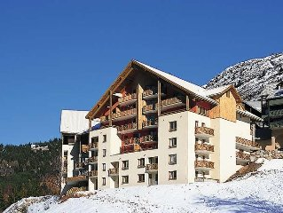 Apartment Residence Couleurs Soleil  in Oz en Oisans, Isere - 6 persons, 1 bedr